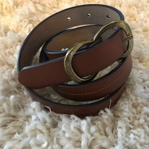 Women's brown double hook belt